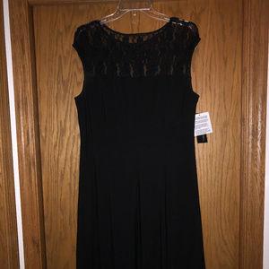 NEW Black & Lace Cap Sleeve Dress, Size 12